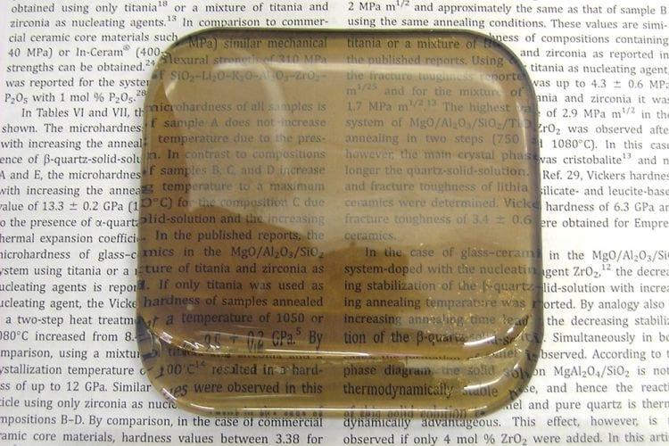 Vitrocerâmica poderá ser o substituto das atuais telas de smartphones