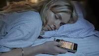 Especialistas defendem que smartphones devem vir de fábrica com modo sono