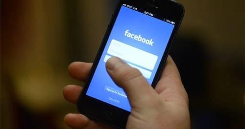 Facebook mostra quando amigo está escrevendo em seu post