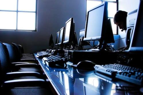 Venda de computadores registra maior queda em 10 anos, diz IDC