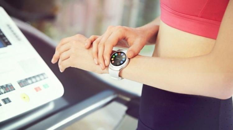 O relógio inteligente da Motorola é ideal para atletas.