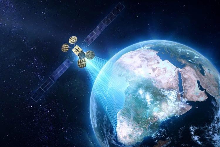 Internet via satélite chega ao Brasil em julho