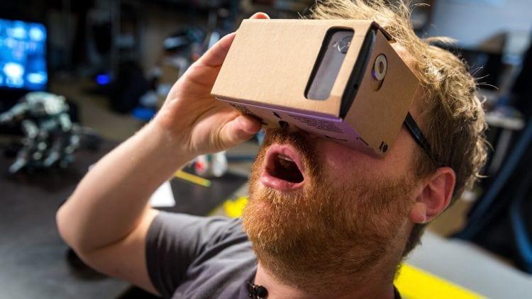 Google vende 5 milhões de unidades do Cardboard