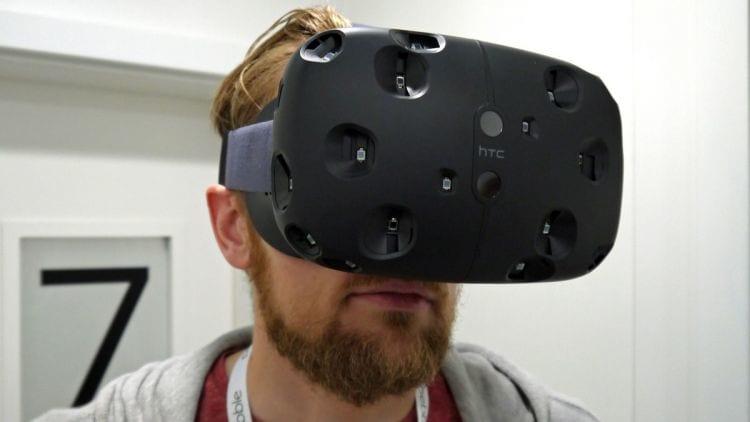 Inicia a pré-venda dos óculos de realidade virtual da HTC