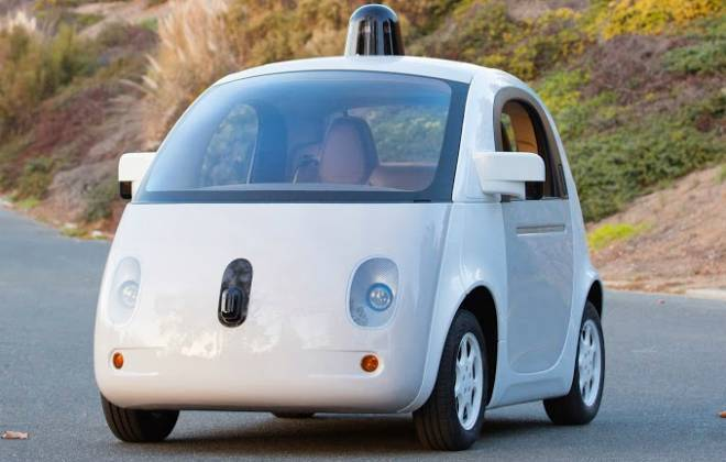 Carro autônomo do Google colide em ônibus
