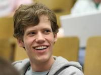 Google contrata fundador do 4chan