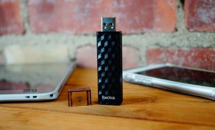 Pendrive da SanDisk é capaz de transmitir arquivos via Wi-Fi