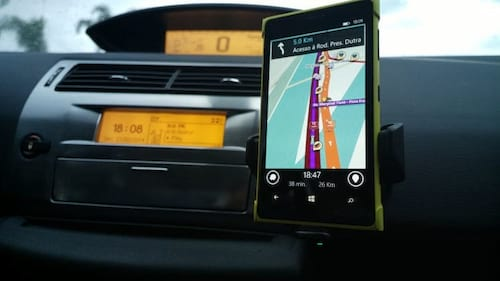 Waze agora avisa usuários que passarem do limite de velocidade