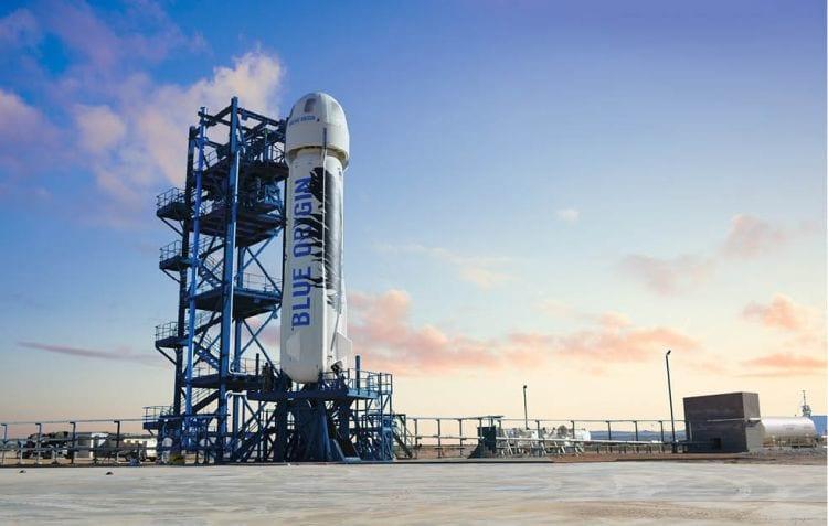 Os voos de turismo para o espaço deverão ter início em 2018, disse Bezos.