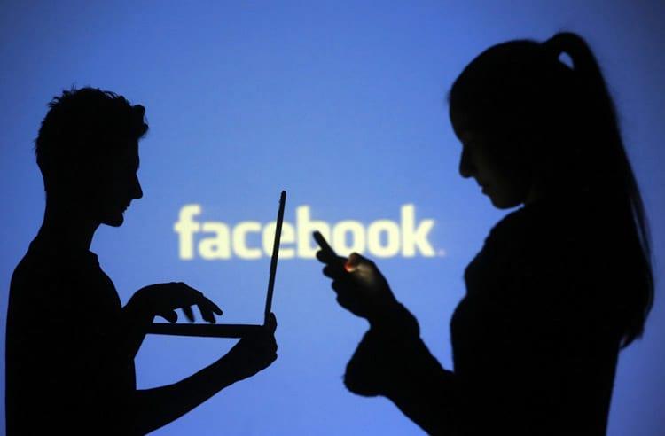 Número de postagens pessoais no Facebook diminui e deixa executivos da rede em alerta