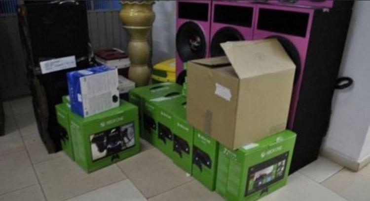 Índios roubam carga de Xbox no Paraná