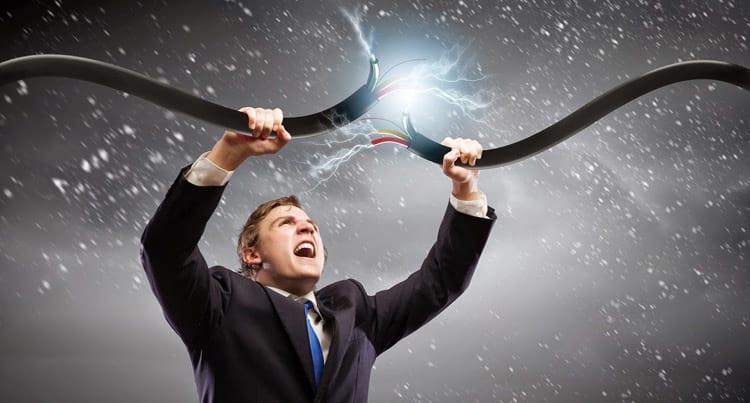 Movimentos contra franquias limitadas na internet fixa ganham força