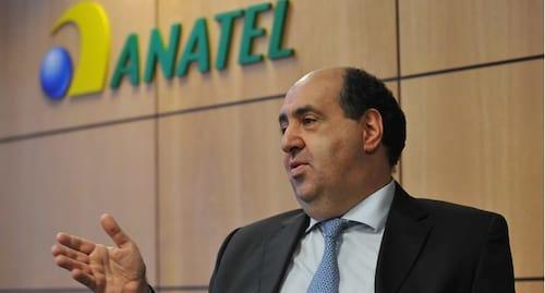 Internautas organizam petições pedindo demissão do presidente da Anatel