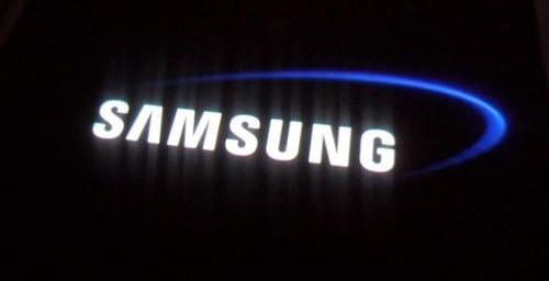 Samsung poderá lançar smartphone com tela dobrável no próximo ano