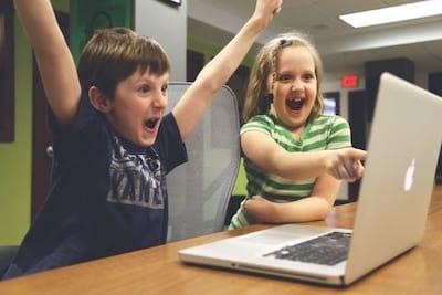 Por que os aplicativos s�o uma boa forma de educar seus filhos?