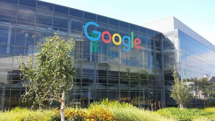 Homem é preso após atacar Google