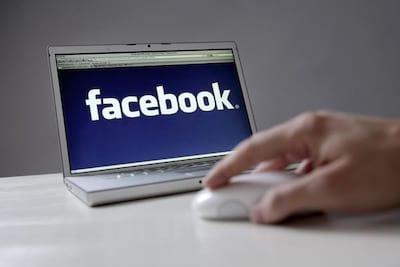 Facebook � processado por contribuir com terroristas