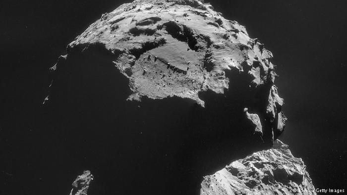 Sonda Rosetta perde comunicação com robô espacial em cometa