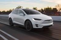 Piloto automático da Tesla salva motorista com embolia pulmonar