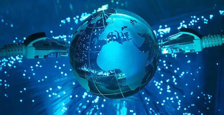 Preço da banda larga cai 72% em 5 anos