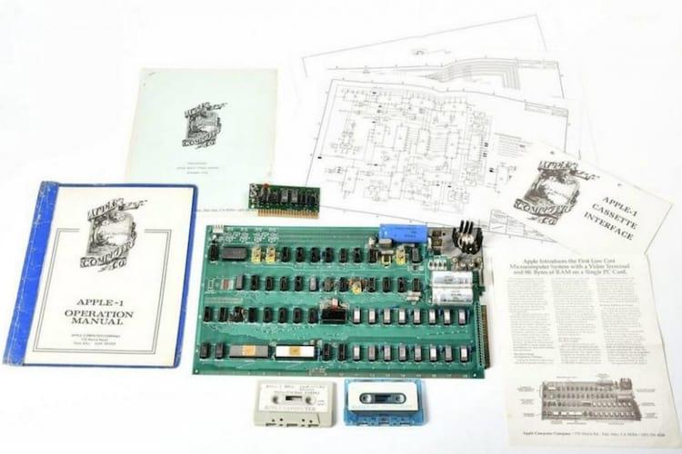 Vai a leilão computador feito por Steve Jobs