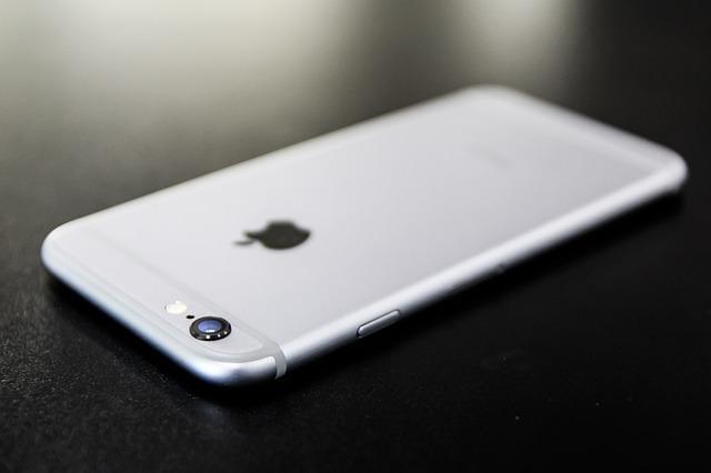 Após recall da Samsung, Apple aumenta produção de iPhone