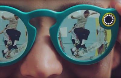 Snapchat lan�a �culos equipado com c�mera