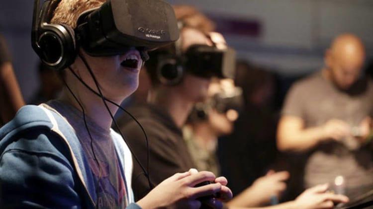 Zuckerberg exibe Facebook em realidade virtual