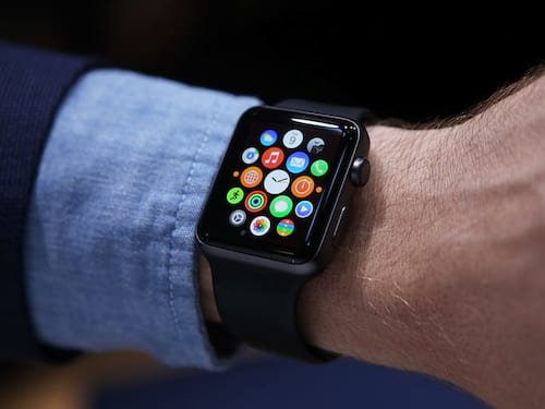Reino Unido proíbe uso do Apple Watch entre ministros