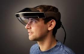 Computadores de funcionários de uma empresa serão trocados por visores de realidade aumentada