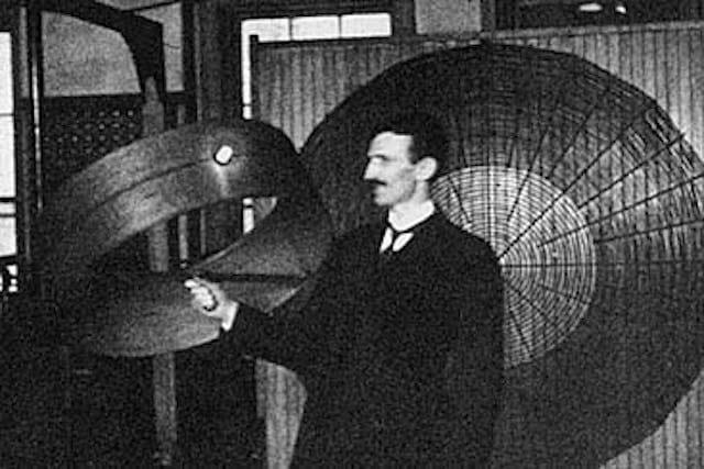 Em 1943 o Supremo Tribunal dos Estados Unidos reconheceu Tesla como inventor do rádio (Imagem: Reprodução/Internet)