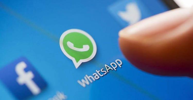 Atenção usuários do WhatsApp: Novo golpe está rondando o mensageiro. Oferta de créditos gratuitos paara celular não existe!