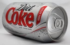 Cientistas descobrem que refrigerante diet pode não ajudar no emagrecimento
