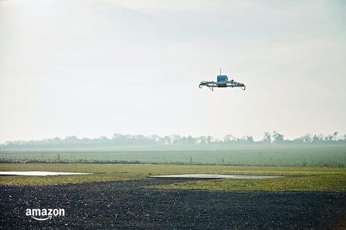 Amazon realiza primeira entrega através de drone