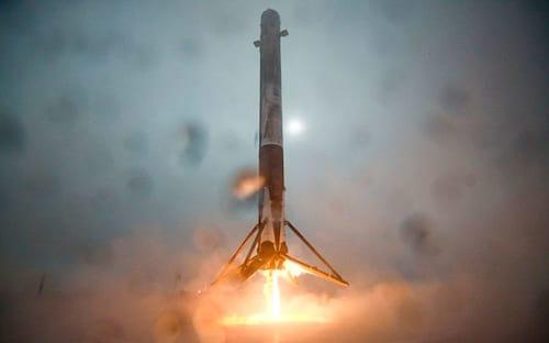 Veja as caras e bocas de Elon Musk ao seu último grande feito