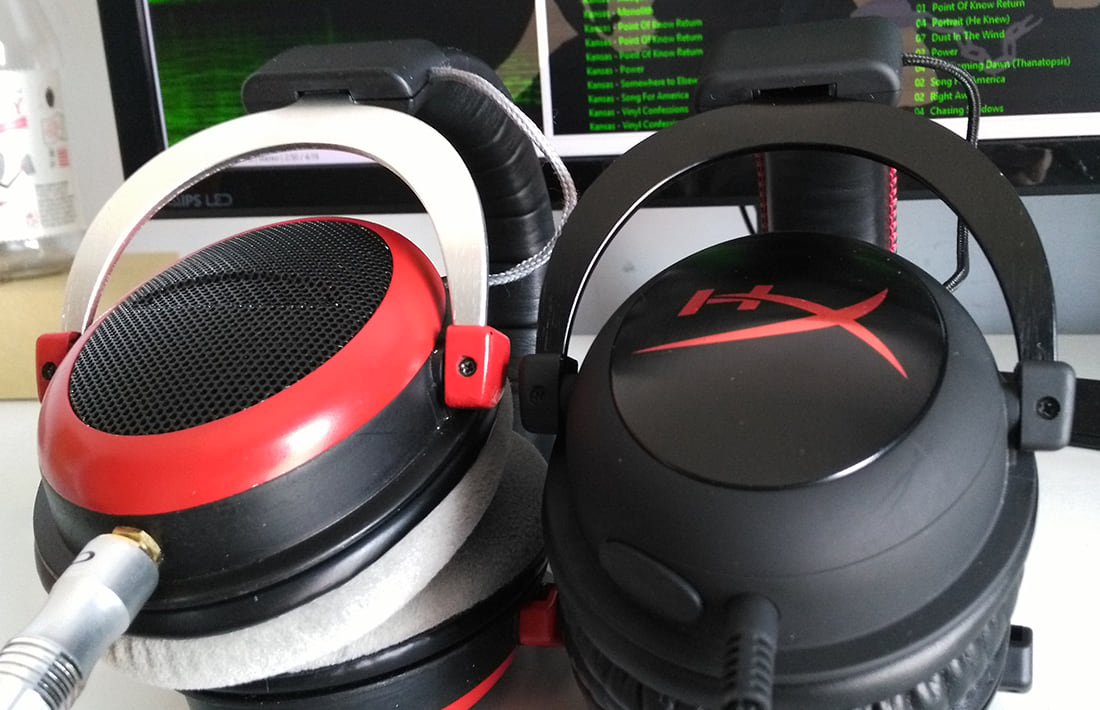HyperX Cloud ao lado do SHP80
