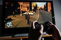 Com preços elevados, vendas de games caem em 2016