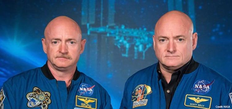 Mark e Scott Kelly. O gêmeo da direita passou quase 1 ano em um ambiente sem gravidade.