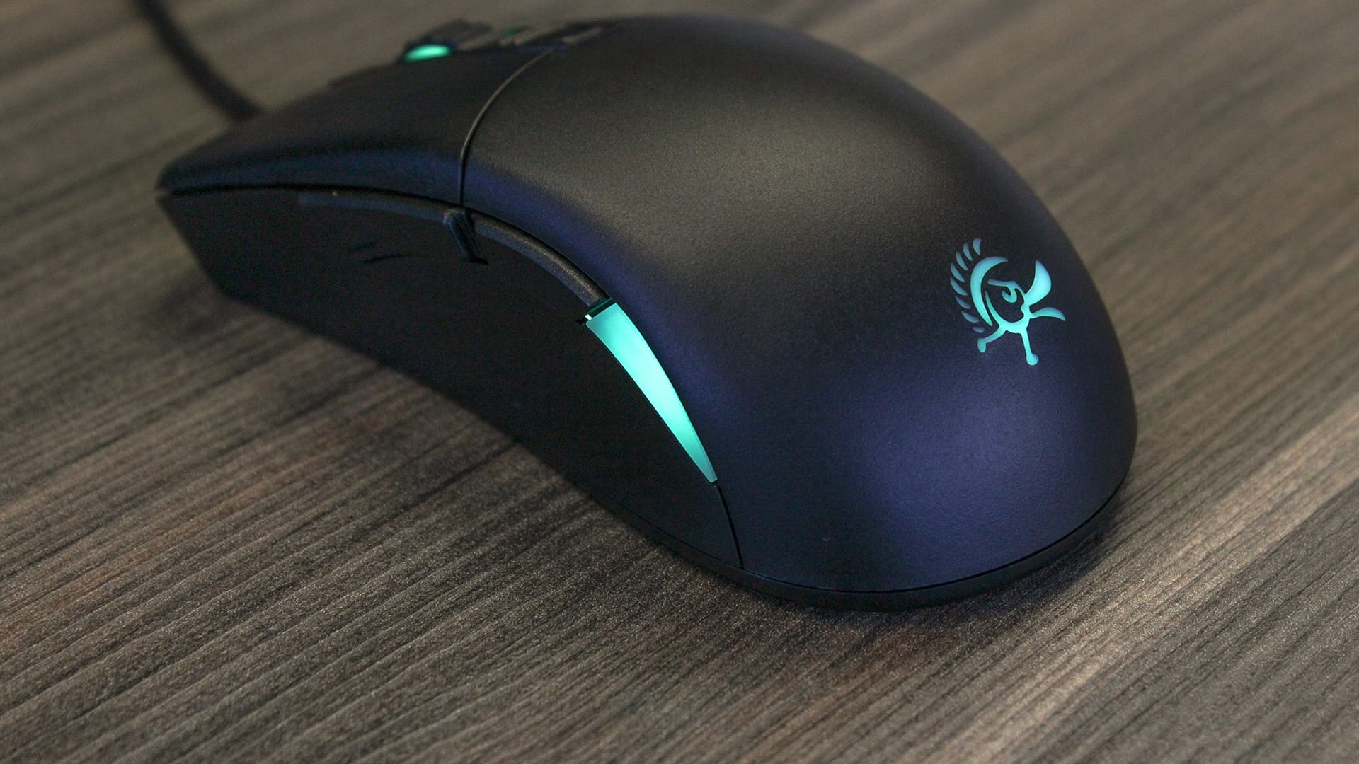 [VÍDEO] Review: Mouse Ducky Secret M, o upgrade de um mouse excelente
