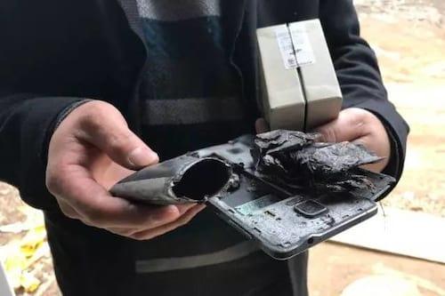 Modelo antigo do Galaxy explode e fere criança