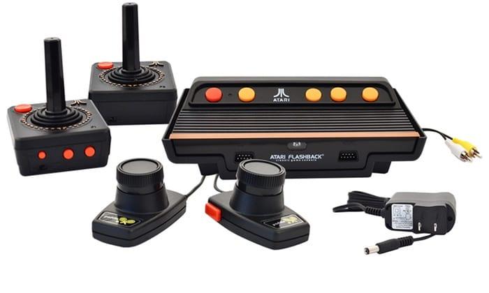 Chega ao Brasil o Atari 2600 com 101 jogos na memória