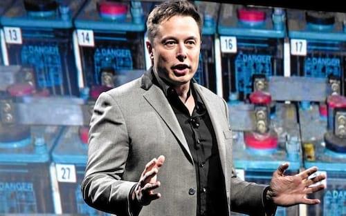Elon Musk investe em empresa voltada em AI para humanos