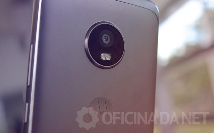 Review Moto G5 Plus - Um intermediário Plus [vídeo]