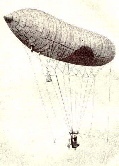 Santos Dumont pilotando o N-1