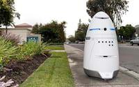 Robô de segurança é atacado em Mountain View
