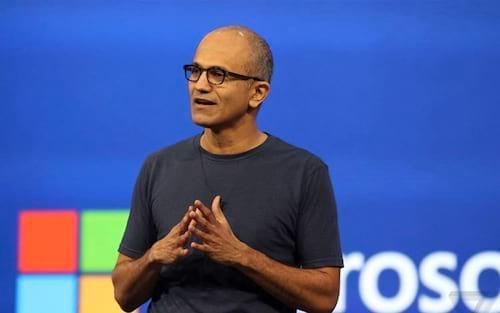 """Satya Nadella, da Microsoft afirma """"Faremos celulares que não se parecem com os de hoje"""""""