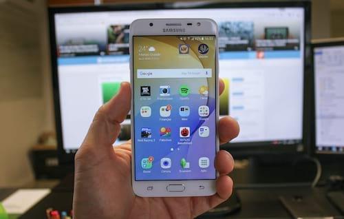 Review Galaxy J7 Prime