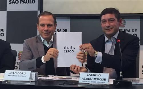Prefeitura de SP recebe doação de R$ 300 milhões em equipamentos usados de informática