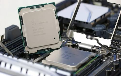 Nova CPU Intel i9 com 12 núcleos poderá chegar em agosto