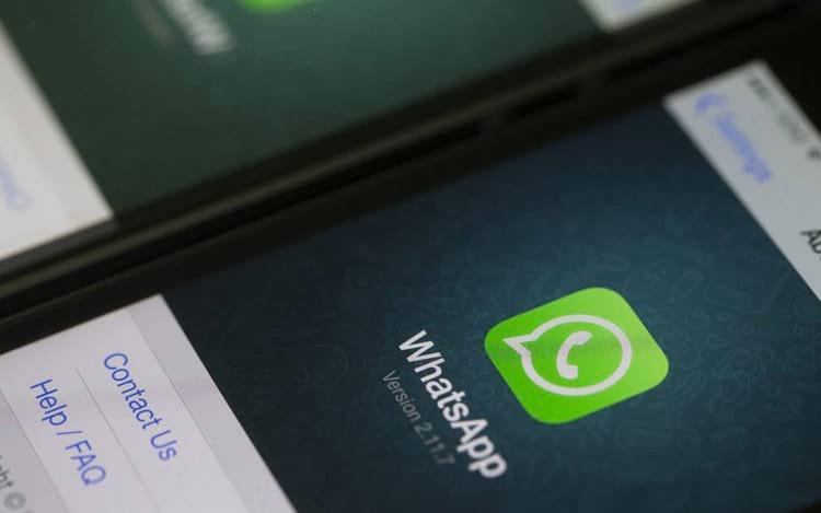 Mais da metade da população brasileira tem WhatsApp